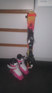 Salomn skis and boots.