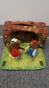 Jouet Vintage 1979 Fisher-Price #960 The Woodsey's Log House