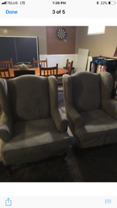 Excellent condition wing chairs 2