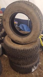 General Altimax Arctic Winter tires 265/70/R17