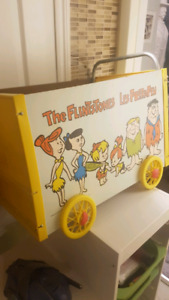 Small kids toy box and cart