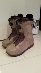 Brand new Women's RIDE BOA snowboard boots size US9