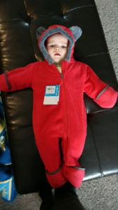 6-12 month Columbia fleece suit fits small