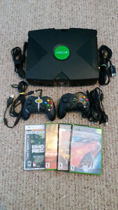 ORIGINAL *XBOX SYSTEM & CONTROLLERS