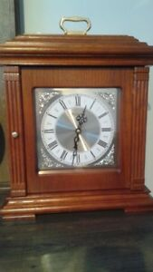 Coffre à bijoux avec horloge Bulova