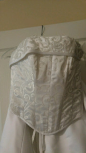 Wedding dress /Maggie Sattero Desiner