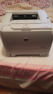 HP LaserJet P2035 x 1