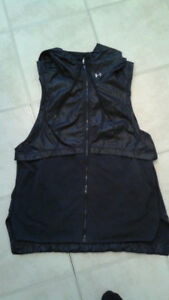 Under Armour vest Jacket from Sportchek medium size black