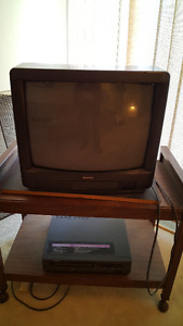 Tube TV - Nikko Brand, with Stand!