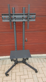 Metal portable TV Stand on wheels