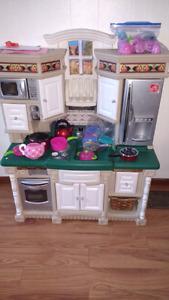 Step 2 kitchen