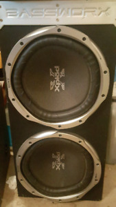12 inch subwoofers in nice box