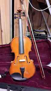 4/4 Full Size Student Violin with Bow, Case & Rosin
