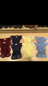 8 cloth diapers barely used with liners