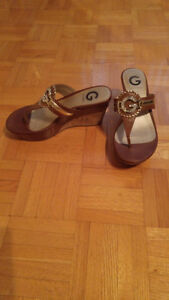 Guess wedges/ Sandales Guess