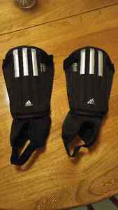 Adidas Soccer Shin Pads - Almost New! London Ontario image 2
