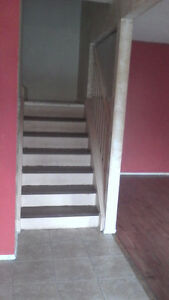 $1890 Finch & Don Mills 2 Story/3 Bedroom Whole Townhouse