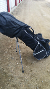 Brand new, high quality taylormade golf set and bag