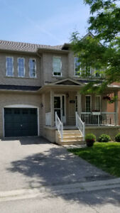 3 BED/ 3 BATH SEMI-DETACHED IN VELLORE/VAUGHAN **PRICED TO SELL*