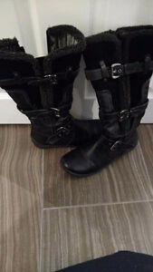 Shoes and boots Windsor Region Ontario image 8
