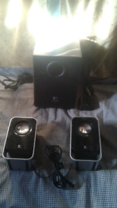 Logitech LS21 computer speakers with sub