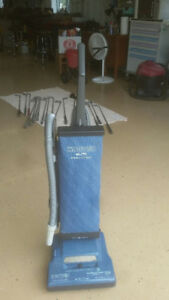 Upright Hoover Vac