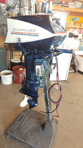 Evinrude 25 hp With Electric Start.