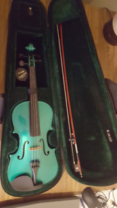 Used 4/4 Green Acoustic Violin With Matching Case and Bow Rosin