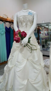 WEDDING DRESSES! Brand new - Great selection!!