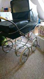 Silver Cross style coach built pram