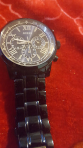 In new condition Men's Blue Guess Watch 8/10