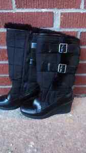 Black Winter Boots (size 6) in good condition