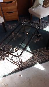 Table de salon fer forgé avec vitre biseauté
