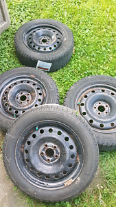 Michelin x ice tires with steel rims  205,55 r16