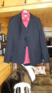Complete Suit Size 14