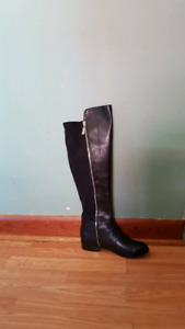 Womens leather boots brand new never worn