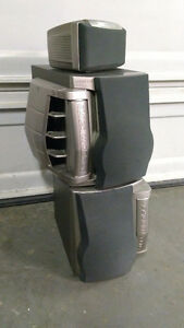 Kenwood speakers with bilt in Subwoofer and center speeakers Kitchener / Waterloo Kitchener Area image 6