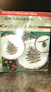 Christmas patterned dish set
