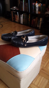 Anne Klein women shoes loafers/mocassins size 8.5
