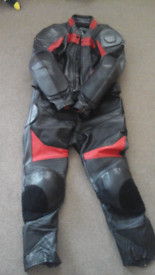 Motorcycle 2 piece full zip leather suit