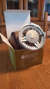 HARDY Conquest Floating reel 4/2 inch Kitchener / Waterloo Kitchener Area image 1