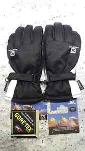 Brand new Women's Salomon GORETEX ski & snowboard gloves Medium
