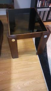 Table de salon 5$ chaque