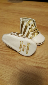 BRAND NEW JUICY COUTURE BABY SHOES