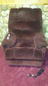 Elran C0662 Lift Chair