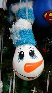 RECYCLED GLASS - HAND PAINTED CHRISTMAS  DECORATIONS Edmonton Edmonton Area image 1