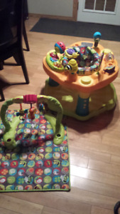 Evenflo Exersaucer Double Fun-Bumbly