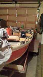 12ft Aluminum boat and Trailer. No Leaks