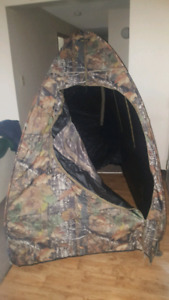 Altan safe blacked out sent holder shoot through  ground blind