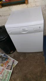 Hotpoint Dishwasher (Aquarius DWF30)